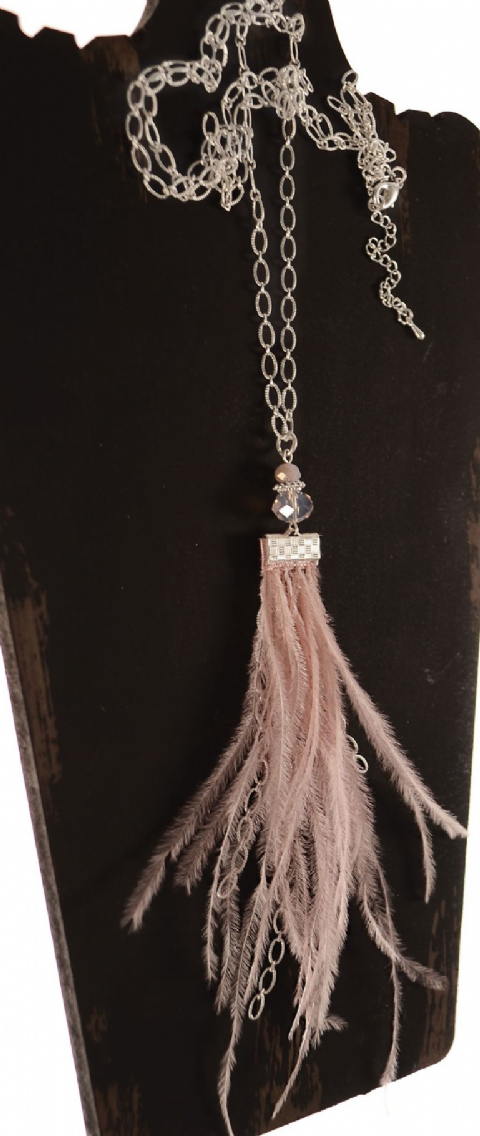 FOREVER FEATHER PINK NECKLACE